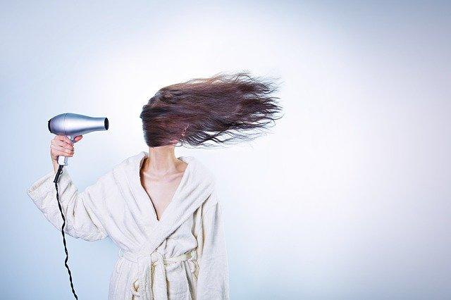 zapuszczanie naturalnych włosów
